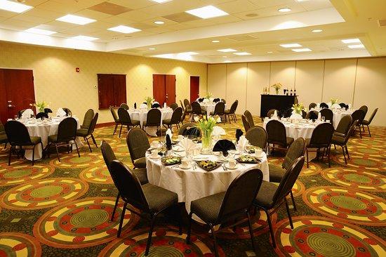 Holiday Inn Richmond South - City Gateway: Ballroom