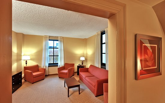 Holiday Inn Express Baltimore-Downtown: Suite