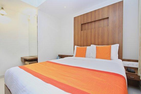 OYO 11960 Hotel Le Citi Inn