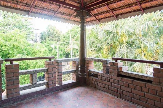 Casa Latin Bed & Breakfast in Bengaluru