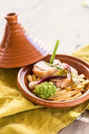 La Table - Cuisinier Caviste: les tapas du bar