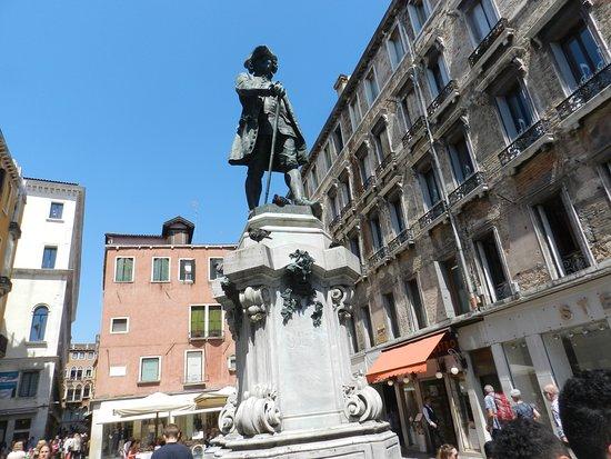 Monumento Storico a Carlo Goldoni