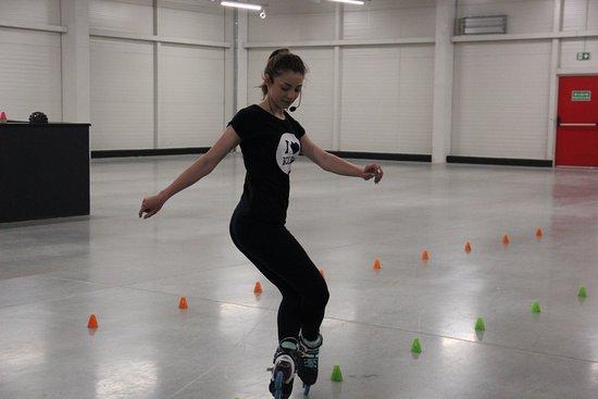 Roller & Dance