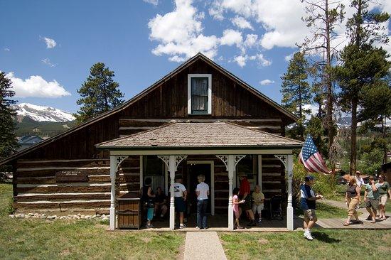Edwin Carter Discovery Center