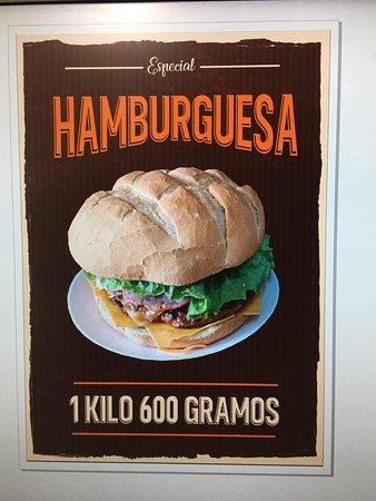 Tourinan, สเปน: Si te la comes entera no la pagas.prueba a que esperas😀😀😀