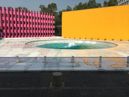 Camino Real Polanco Mexico: fountain