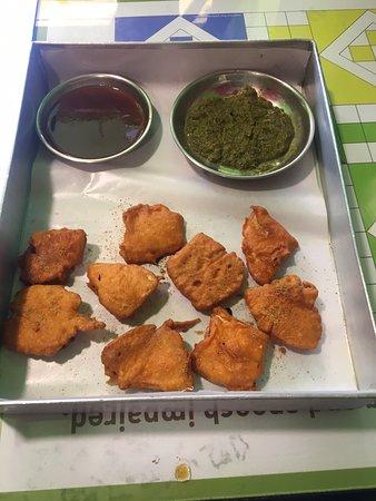 Kam kharcha at Chai pe charcha