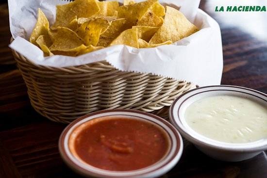 Chips, salsa and cheese dip