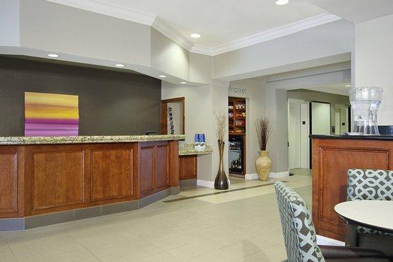 Residence Inn Colorado Springs North/Air Force Academy: Lobby