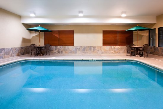 Holiday Inn Express Sycamore: Pool