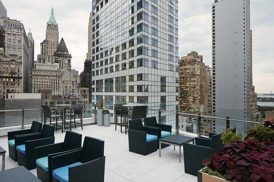 Club Quarters Hotel, World Trade Center: Exterior