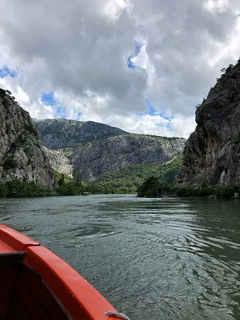 Romans & Pirates from Split: On the river cruise