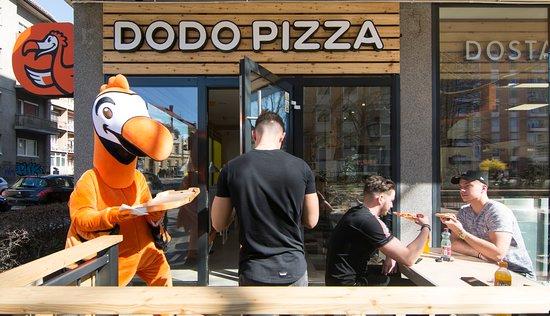 Dodo Pizza terrace