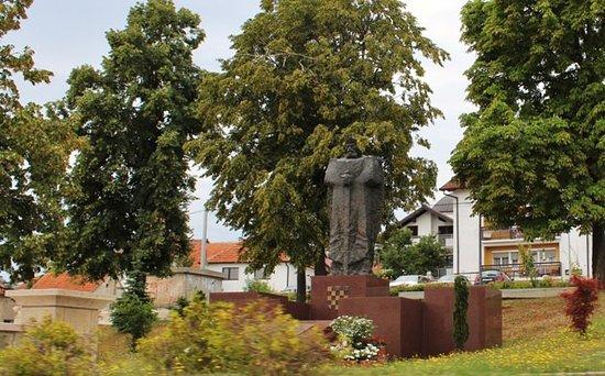 Spomenik Kralju Tomislavu Tomislavgrad 2020 All You Need To