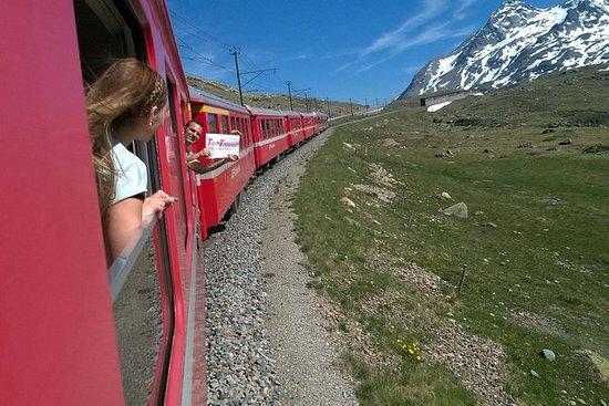 从米兰到伯尔尼纳快车和瑞士阿尔卑斯山之旅。来自米兰