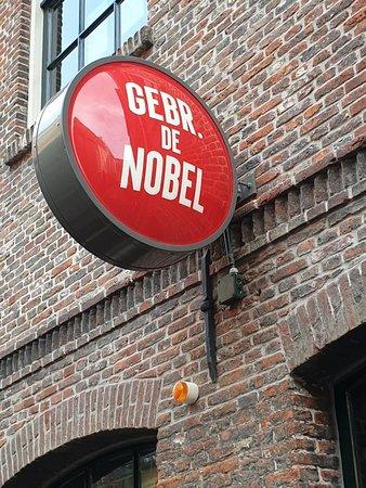 Gebr. de Nobel