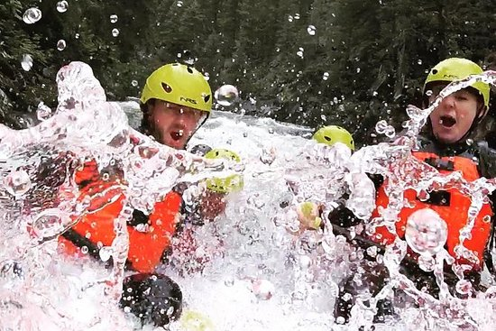 Rafting en aguas bravas del valle de Columbia: Columbia Valley Whitewater Rafting