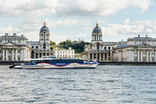 The Painted Hall and One Way journey on Uber Boat by Thames Clippers: The Painted Hall and One Way MBNA Thames Clippers ticket