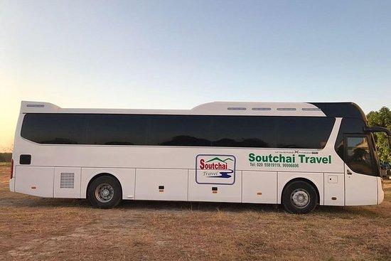 Vientiane til Vang Vieng turistbuss