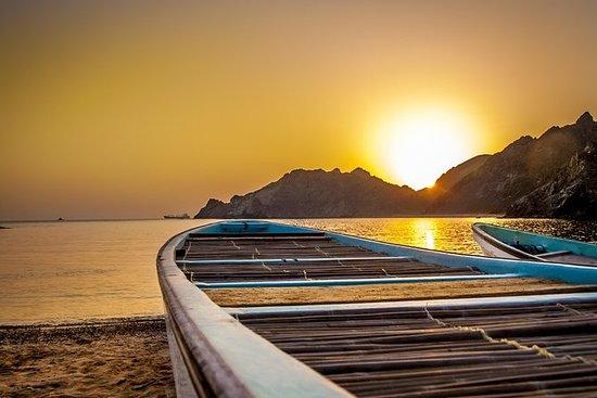 Tour costiero e al tramonto a Muscat