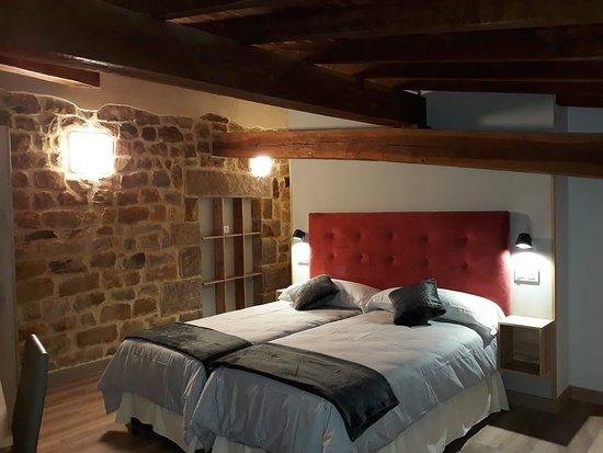 Campoo de Yuso, إسبانيا: Una de las habitaciones dobles