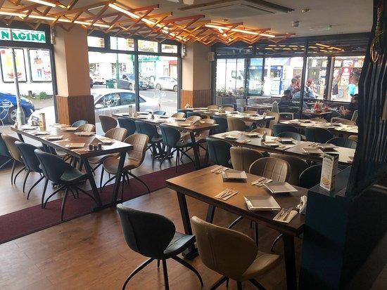 Image Salamis Kitchen in London