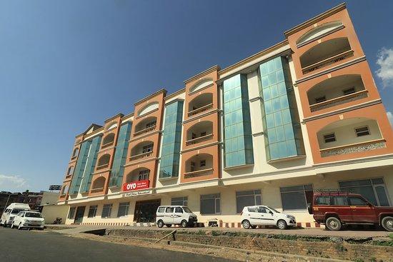 OYO 10752 Hotel Sitara International