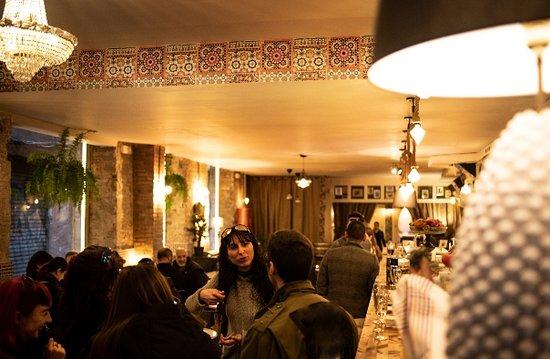 Flamenco Ramblas Escudellers: Flamenco Tapas Bar