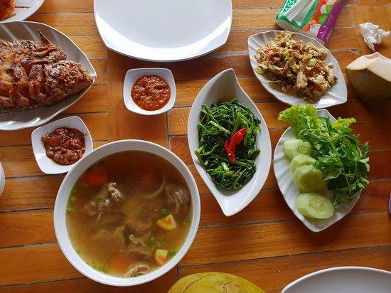 fish, vegetables, soup