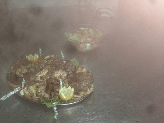 Grottazzolina, อิตาลี: un assaggino!!