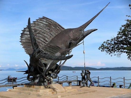 Ao Nang Beach: This shark sculpture is a tourism symbol of Aonang beach. It's impressive.