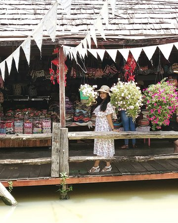 Pattaya, Tayland: The Quaint Little Shops