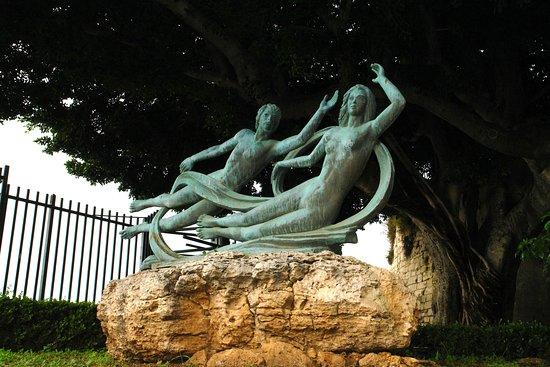 Stupor Mundi Siracusa: Siracusa, Alfeo e Aretusa, staute dibronzo del Poidomani