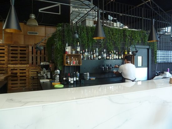 Cat's Kitchen: The Bar area