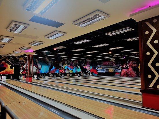 Emerald casino ten pin bowling prices mallorca casino porto pi