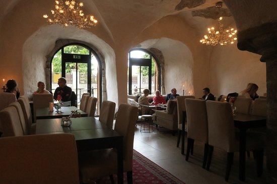 Volare: The restaurant