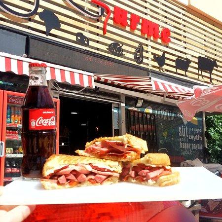 Konyaaltı Dr Gurme tost sandviç, börek tavuklu pilav, meze,tire  köfte