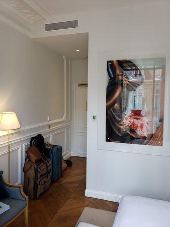 Hotel Alfred Sommier: Hallway, standard room.