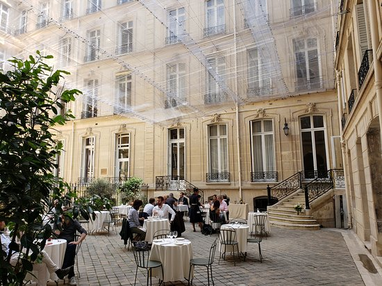 Hotel Alfred Sommier: Hotel courtyard