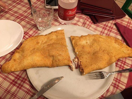 Trattoria Pizzeria Spaccanapoli Photo