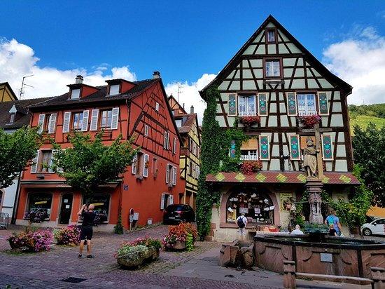 Kaysersberg, Franciaország: Fontaine Constantin