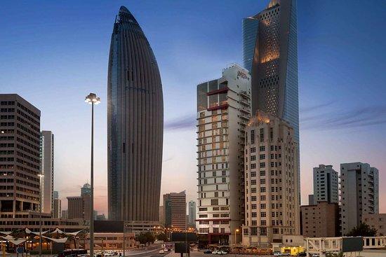 Ramada Encore by Wyndham Kuwait Downtown: Exterior