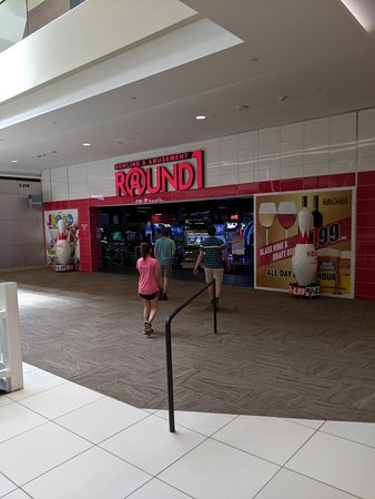 Round1 Bowling & Amusement