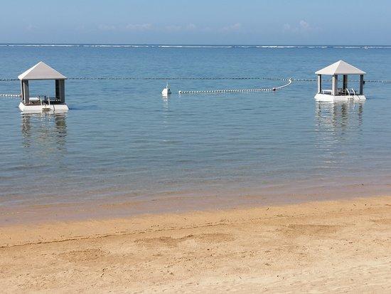 Puri Santrian: Blick vom Strand aufs Meer
