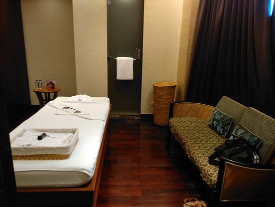 The Spa Massage Room Picture Of Hotel Indonesia Kempinski Jakarta Tripadvisor