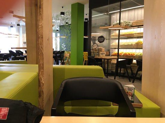 Storbritannien New York ny livsstil UGO Salaterie Palladium, Prague - Restaurant Reviews, Photos ...