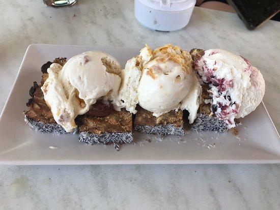 Megka n...Ice Cream: Plats géniaux, serveurs super gentils. Glace offerte à la fin de notre repas. Je recommande à 100%