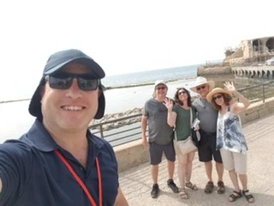 Aizen Travel - Your Guide in Israel: Assaf with our group after a fantastic lunch he arranged for us in Akko.