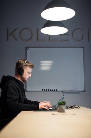 Meeting room webinar