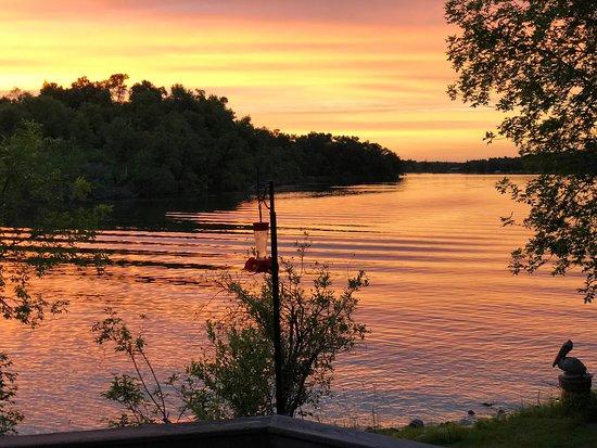 Manitoba, Canada : Lake Metigoshe